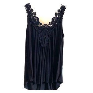 Black swing tank top with lace